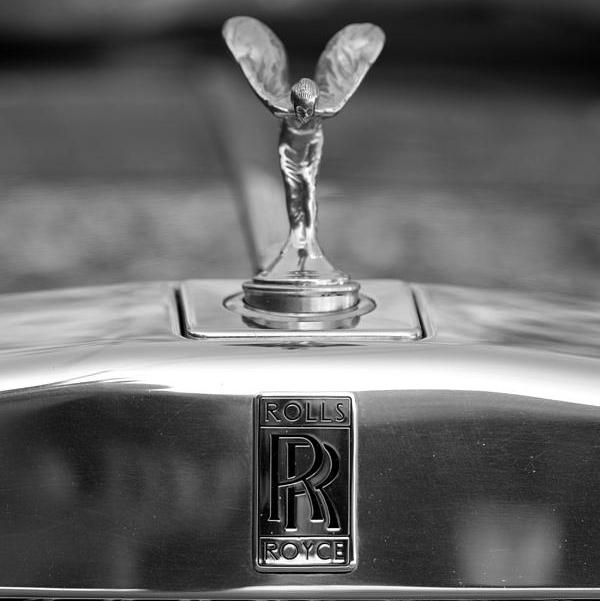 rolls-royce-logo-brooke-roby