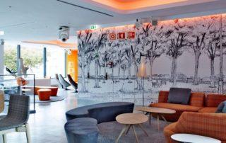 214-mezzanine-lounge